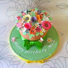 Trendy birthday cupcakes for mom mothers flower pots Ideas 70th Birthday Cake Mum, Birthday Crafts, Birthday Cupcakes, 30th Cake, Birthday Recipes, Happy Birthday, Birthday Parties, Cupcake Flower Pots, Flower Pot Cake