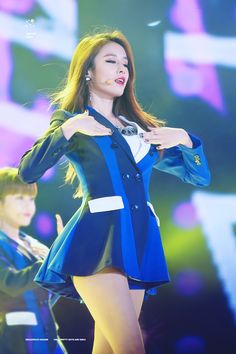 Reject the Binary: Photo South Korean Girls, Korean Girl Groups, Park Jiyeon, Soyeon, Pop Group, Asian Woman, Kpop Girls, Parks, Aurora Sleeping Beauty