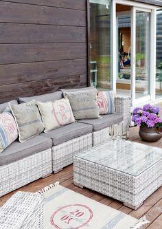 Terassi on nykyään olohuoneen kesäversio, jonka viihtyisyyteen panostetaan paljonkin. Katso Avotakan ideat ja uudista oma terassisi!