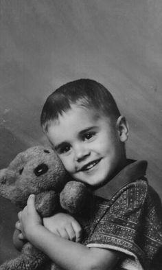 a little angel Justin Bieber Fotos, Justin Bieber Smile, Justin Bieber Pictures, Justin Bieber Birthday, Justin Bieber Lockscreen, Justin Bieber Wallpaper, Justin Baby, Justin Hailey, Celebrity Moms