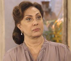Anastácia recebe a visita de Celso na casa de Pancrácio (Foto: TV Globo)