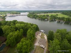 #AUCTION: #JUNE 13! #WilsonLake #Florence #Alabama  2acres 5BR/3BA & 1BR/1BA guest house Three boat lifts and a sun deck! #incomeproducing #weddingvenue #privateresidence