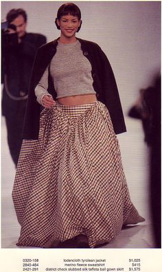 Veronica Webb in Isaac Mizrahi AW 1994 Veronica Webb, 90s Models, Black Models, Supermodels, Classic Style, What To Wear, High Waisted Skirt, Women Wear, Style Inspiration