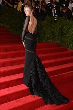 Renee Zellweger in Black Silk Emilio Pucci Gown