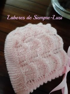 """Conjunto de bebé compuesto por : Rebeca corta o torera ,capota y patucos ,todo ello en color rosa,para mi futura nieta """"Paula"""" PUNT..."""