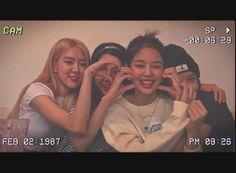 Kpop Girl Groups, Korean Girl Groups, Kpop Girls, K Pop Star, Kim Jisoo, Cartoon Jokes, Blackpink Video, Blackpink And Bts, Blackpink Photos