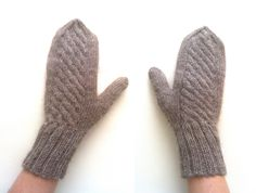 https://flic.kr/p/fHAHch | Brown Alpaca Mittens | Available at my Etsy shop: www.etsy.com/shop/PoemsAboutMe