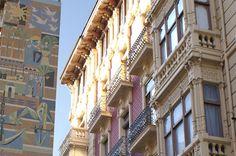 AVDA. RAMBLA MENDEZ NUÑEZ, Alicante.   Una de las principales arterias de la ciudad, desde aqui puede llegar facilmente al puerto o sumergirse en las calles comerciales