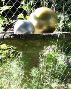 03-Two-Globes