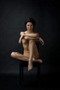 le-voleur-de-beaute:  Photo byVladimir Lestrovoy