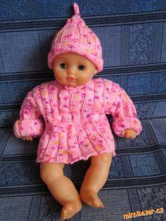 čepička a svetřík na panenku. Onesies, Crochet Hats, Face, Kids, Clothes, Fashion, Knitting Hats, Young Children, Outfits