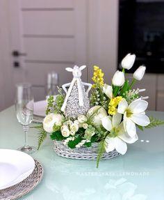 Spring Colors, Table Decorations, Easter Decor, Fun, Inspiration, Home Decor, Biblical Inspiration, Decoration Home, Room Decor