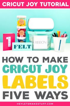 Want to organize everything in your house? Cricut Joy is the answer! This tiny cutting machine can make all sorts of labels. Here are five mini Cricut Joy label tutorials that will help get you organized. Diy Projects For Beginners, Cool Diy Projects, Cricut Cards, Cricut Vinyl, Cricut Tutorials, Cricut Ideas, Cricut Help, How To Make Labels, Vinyl Labels