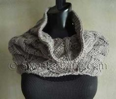 Thinking of fall already - Quick Knit Deluxe Lace Cowl Knitting Pattern