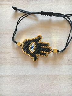 El patrón de la mano de Hamsa pulsera - la mano de Fátima - Miyuki Delica Beads - hecho a mano pulsera - Peyote - regalo para su