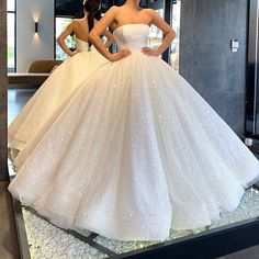 Wedding Dresses Ball Gown - New ideas Puffy Wedding Dresses, Handmade Wedding Dresses, Cute Wedding Dress, Princess Wedding Dresses, Dream Wedding Dresses, Bridal Dresses, Princess Ball Gowns, Boho Wedding, Puffy Dresses
