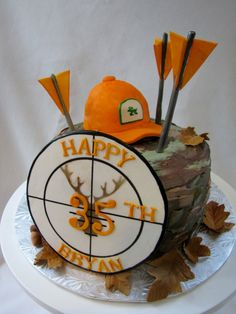 Hunting Birthday cake Hunting Birthday cake You can find Hunting and more on our website. Birthday Cakes For Men, Hunting Birthday Cakes, Camo Birthday, 40th Birthday Parties, Cakes For Boys, Hunting Cakes, Camo Cakes, Deer Cakes, Hunting Party