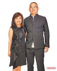 夏姿設計總監王陳彩霞(左)和二兒子王子瑋是夏姿事業最大推手。