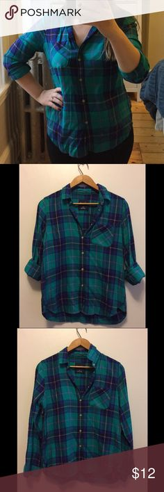 American Eagle Teal Plaid Shirt Teal, navy and purple plaid shirt from American Eagle. Appears slightly brighter than depicted in the first 3 photos. Perfect condition. This is seriously one of the softest shirts in my wardrobe. American Eagle Outfitters Tops Button Down Shirts