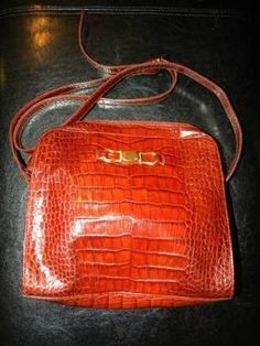 Great Deal!!! $9.99 on ebay!   NWOT Liz Claiborne Leather Co. Purse