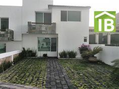 Casa en Venta El Mirador El Marques Queretaro. Bosques Los Encinos. $1,750,000