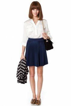 Schoolgirl Pleated Skirt in Navy