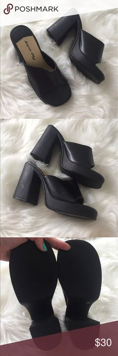 Bee Fly Black Chunky Platform Peep Toe Heels These heels are in great condition, does have minor scuffs and a bit of wear on the front. These look straight from the 90s! Offers welcomed! bee fly Shoes Heels