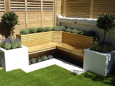 Urban garden design Battersea - The urban gardens between Battersea and Clapham are often small, but we ensure full innovative use of the limited space. Corner Garden Seating, Garden Nook, Backyard Seating, Small City Garden, Garden In The Woods, Small Gardens, Outdoor Gardens, Urban Garden Design, Small Garden Design