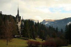 24 fairy tale landscapes of Romania: Sinaia castle, Romania