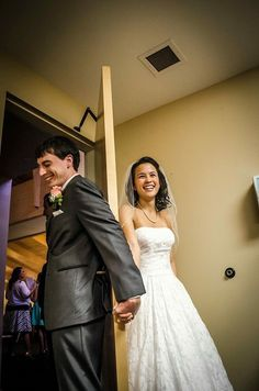 Photographer: Oh So Sweet Studios www.ohsosweetstudios.com. #weddingphotographer #weddingphotos #nsbweddingphotographer #cflweddingphotographer #weddingdetails #firstlook #bride #groom #bridestyle #loveatfirstsight