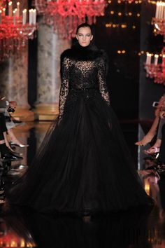 Elie Saab Outono-Inverno 2014-2015 - Alta-Costura - http://pt.flip-zone.com/fashion/couture-1/fashion-houses/elie-saab-4809 - ©PixelFormula