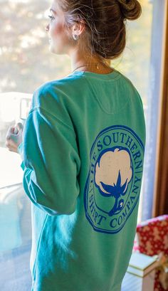 Dying for a southern shirt crew neck. #southernshirt #GiftOfComfort #DearSouthernShirt PICK ME PLEASE