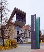 Dokumentationszentrum Reichsparteitagsgelände, Bayernstraße 110 90478 Nürnberg , Montag bis Freitag 9 - 18 Uhr, Samstag und Sonntag 10 - 18 Uhr