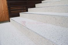 Resin Bound Stone on patio and steps