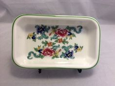 Gorgeous Royal Doulton piece in Floradora Green pattern to add to your collection. Known Royal Doulton quality. #FloradoraGreen #Undertherooftreasures