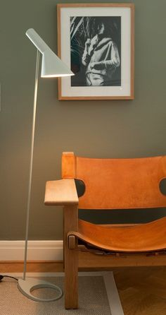 Børge Mogensen's Spanish Chair accompanied by Arne Jacobsen AJ floor lamp - two all time classics side by side.