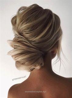 Check out this Featured Hairstyle: tonyastylist (Tonya Pushkareva); www.instagram.com/tonyastylist; Wedding hairstyle idea. The post Featured Hairstyle: tonyastylist (Tonya Pushkareva); www.instagra ..