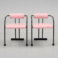Pomo Chairs