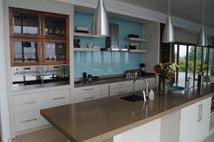 White kitchen Kitchens, Kitchen Cabinets, Home Decor, Decoration Home, Room Decor, Cabinets, Kitchen, Cuisine, Home Interior Design