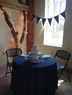 Hooray for the married couple!    www.amelitamirolobarn.com