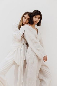 Next / Sarah Halpin Friend Poses Photography, Girl Photography, Fashion Photography, Glamour Photography, Lifestyle Photography, Editorial Photography, Shooting Pose, Instagram Look, Instagram Nails