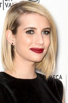 Emma's asymmetrical bob keeps her fine hair looking as voluminous as possible, even when it's stick-straight. #OvalFace #EmmaRoberts #Hairstyles