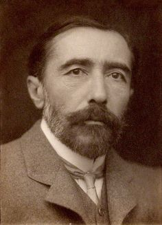 Joseph Conrad,_Fotografia von George Charles Beresford,_1904