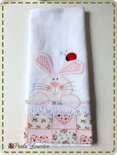 22 ideas for pet bunny diy easter crafts Applique Patterns, Applique Quilts, Applique Designs, Sewing Patterns, Bunny Crafts, Easter Crafts, Spring Crafts, Holiday Crafts, Quilting Projects