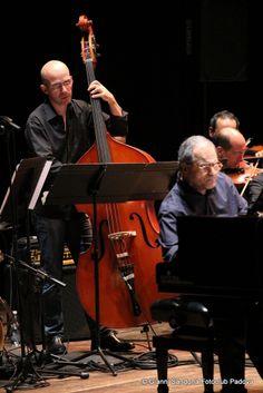 """Enrico Pieranunzi trio, con Orchestra di Padova e del Veneto, """"Perpianoearchi"""" - scatto di Gianni Sandonà per Fotoclub Padova"""