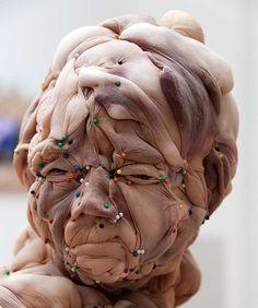 A sculpture made entirely of nylons! Made by Dutch artist Rosa Verloop Textiles, Art Sculpture, Dutch Artists, Statue, Art Plastique, Oeuvre D'art, Graphic, Textile Art, Art History