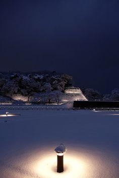 金澤コンシェルジュ: 雪明り雪灯り。広坂緑地