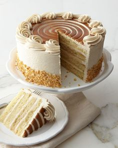 Q51QH FROSTED ART BAKERY Butter Bourbon Cake