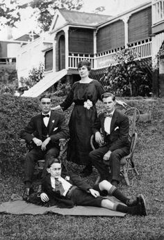 Mrs J. W. Fegan and the boys at Mimosa, Hawthorne, ca. 1920.