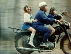 Pannonia Familie Old Motorcycles, Motor Sport, Sports Stars, Eastern Europe, Biking, Vintage Photos, Flag, Iron, Retro